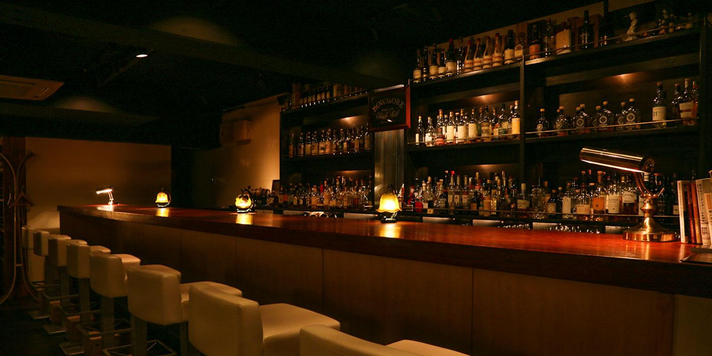 WHISKY AND SIXPENCE | 名古屋鶴舞のオーセンティックなモルトバー Bar Waiter Waiter